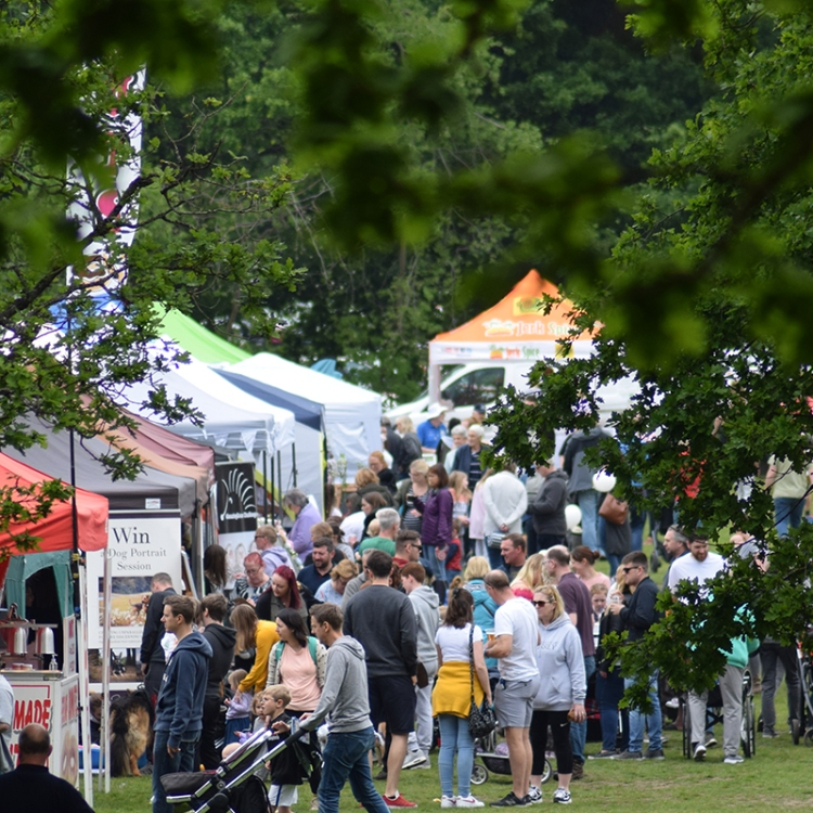 Stalls Juggler linking to Apply for Funding page